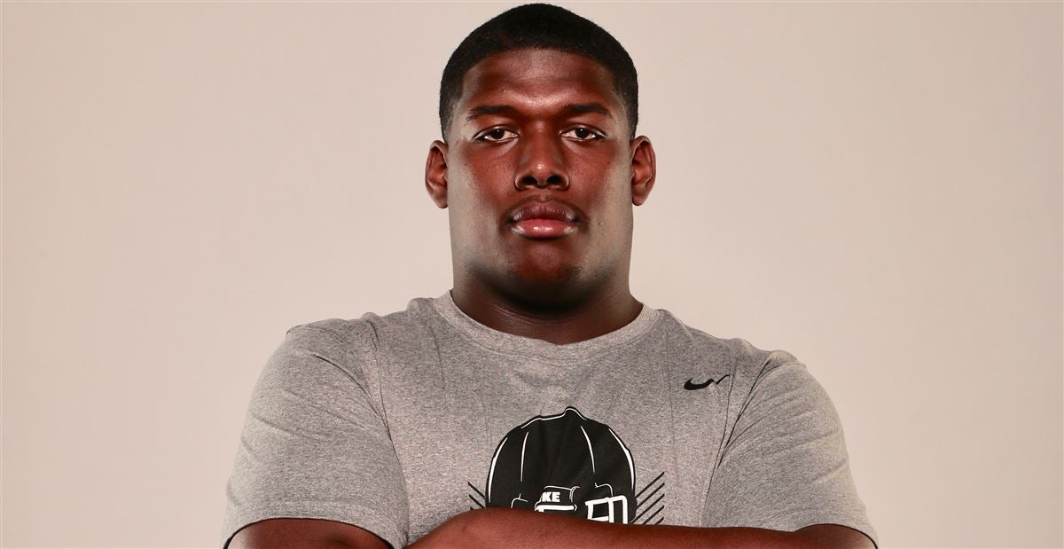 Four-star DL 'likes the vibe' at Alabama