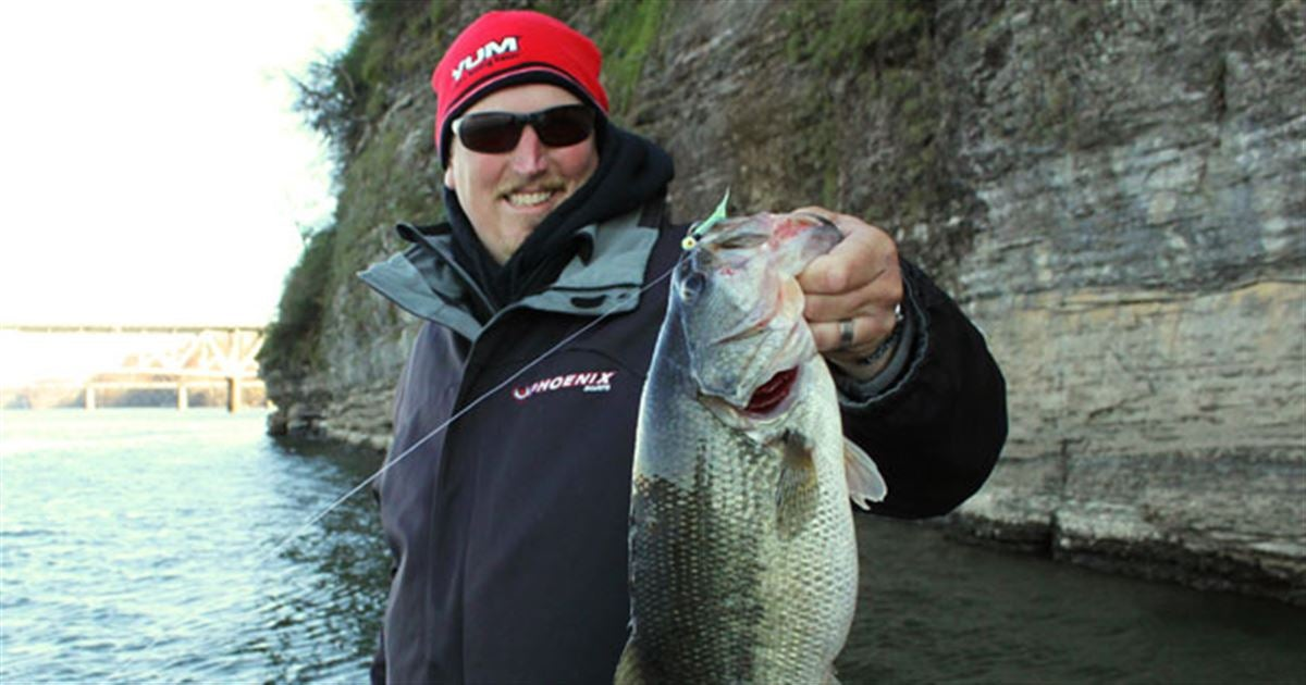 Float n fly for nostalgic and productive fishing for Best fly fishing raft