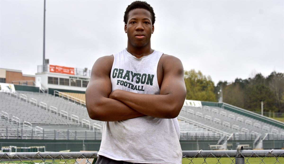 Five-star OT eager to be 'part of something different' with Vols