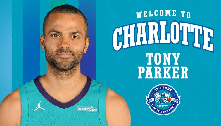 223772aa55e Tony Parker officially signs with Hornets