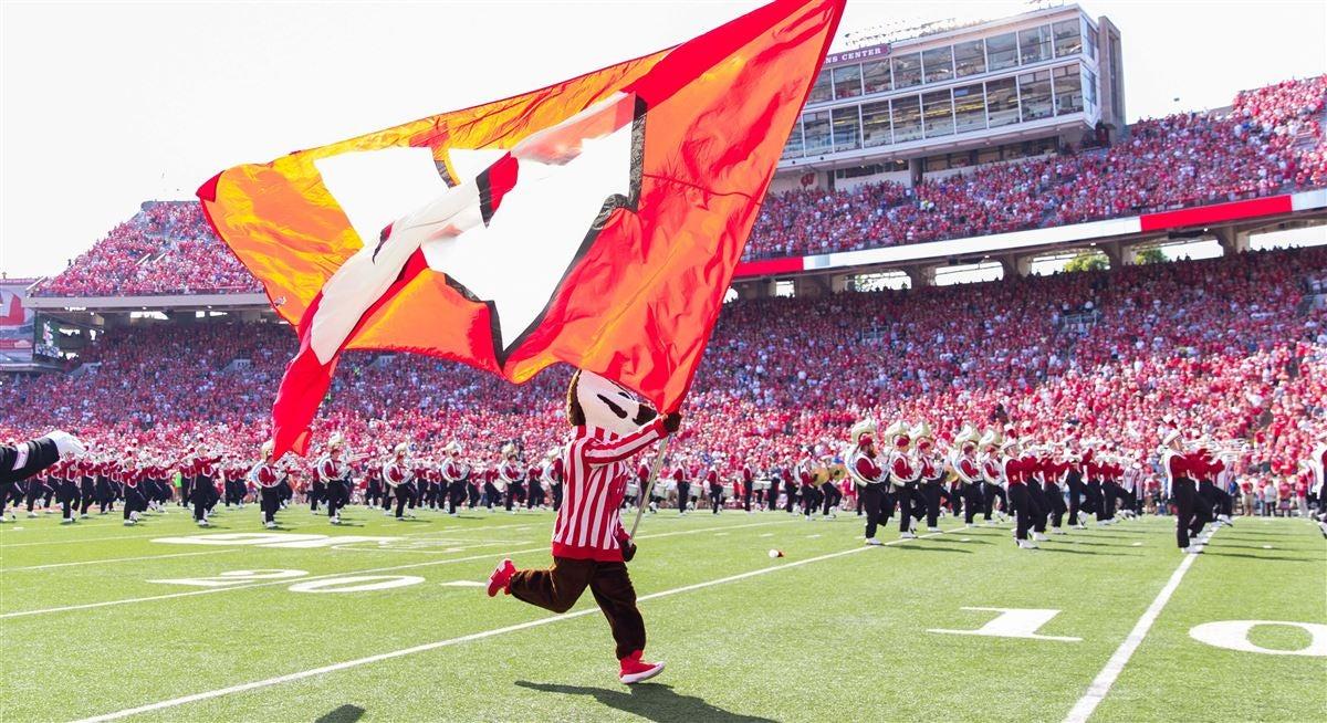 Preview and Predictions: No  17 Wisconsin vs  Central Michigan