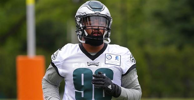 cd6eb28751a Derek Barnett comes to terms with Eagles