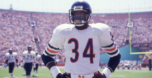 more photos 5f84e 62c25 Chicago Bears to unveil Walter Payton, George S. Halas statues