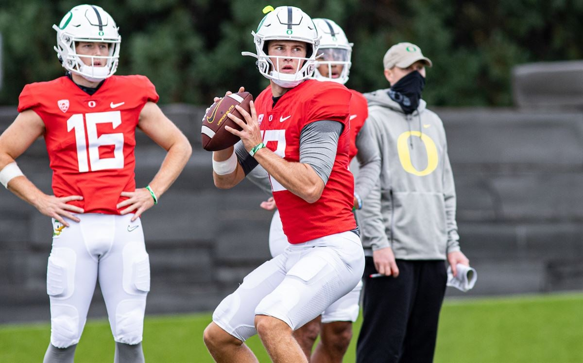 Tyler Shough takes most first-team reps during first scrimmage