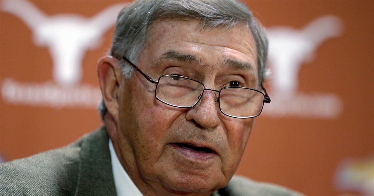 DeLoss Dodds hints Texas would have preferred ACC when almost darting from Big 12