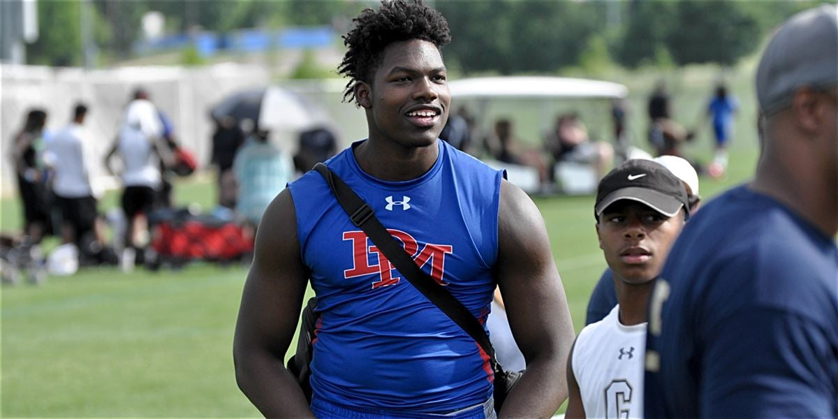 Penn State high on the list for Izzard