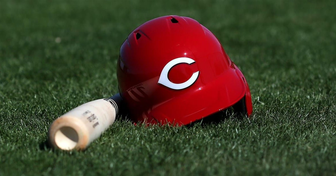Reds, Indians take digs at home cities on Twitter