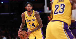 Brandon Ingram denies Kings inbounder on four straight passes eac824302