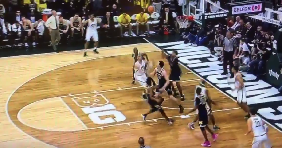 WATCH Gavin Schilling Throws Down Poster Dunk Against Michigan