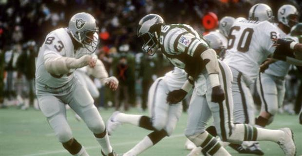 9baf7cb2263 What Kelly Green throwback uniforms should Eagles bring back?