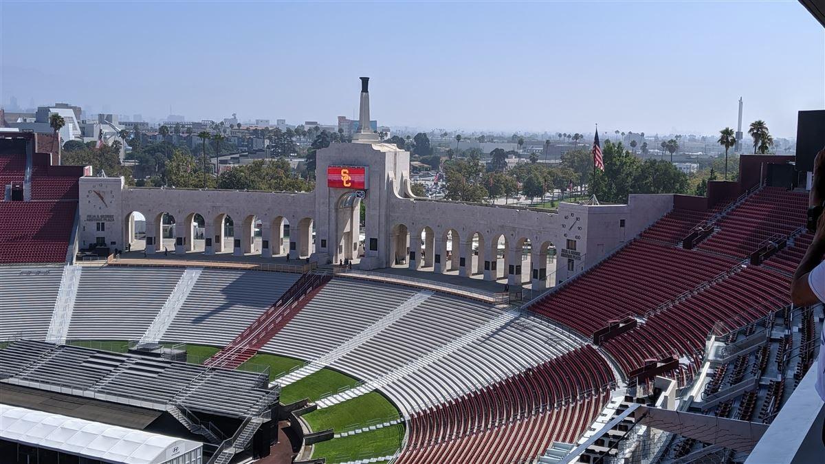 Renovated Coliseum, Trojan program face similar challenges