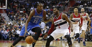 07f8326ff436 Kevin Durant leaves game vs. Wizards with left hamstring injury
