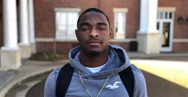 Knight Visits Ole Miss, Says Rebs Intend to Play Him Everywhere