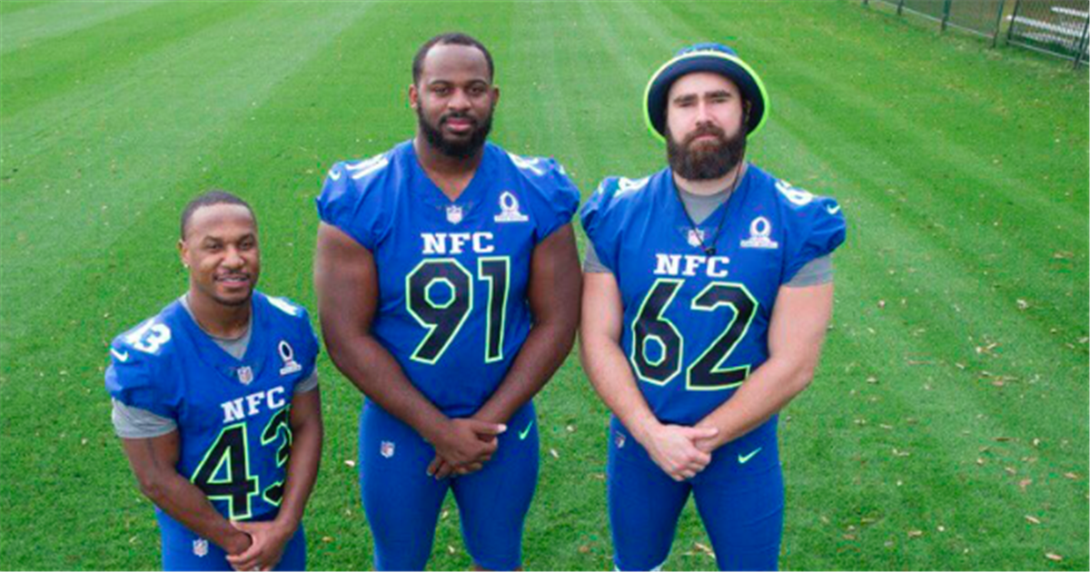 LOOK: Eagles sporting their NFC Pro Bowl uniforms
