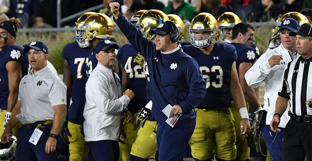 Notre Dame to promote Clark Lea to defensive coordinator