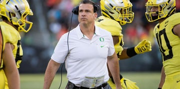 mario cristobal breaks down final heavy practice before utah - When Christmas Comes To Town Karaoke