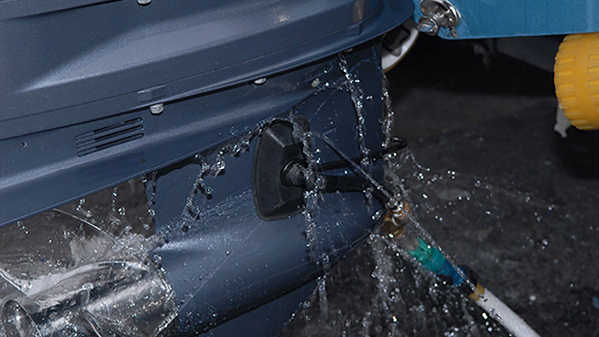 Yamaha outboard motor water in oil for How to winterize your outboard motor