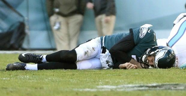 f600abf2 Philadelphia Eagles fall to Miami Dolphins, lose Sam Bradford