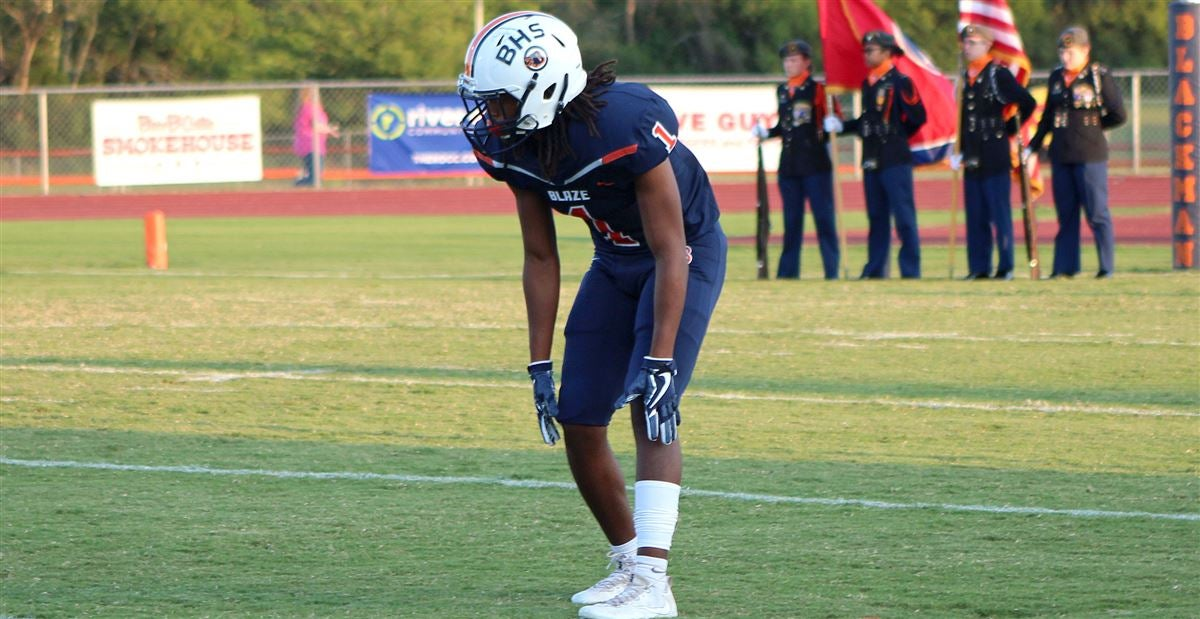 Notes and analysis on Hogs corner commit Adonis Otey