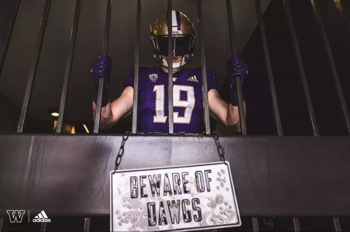 pretty nice f3112 5607e A Deeper Look at Washington's New Uniforms