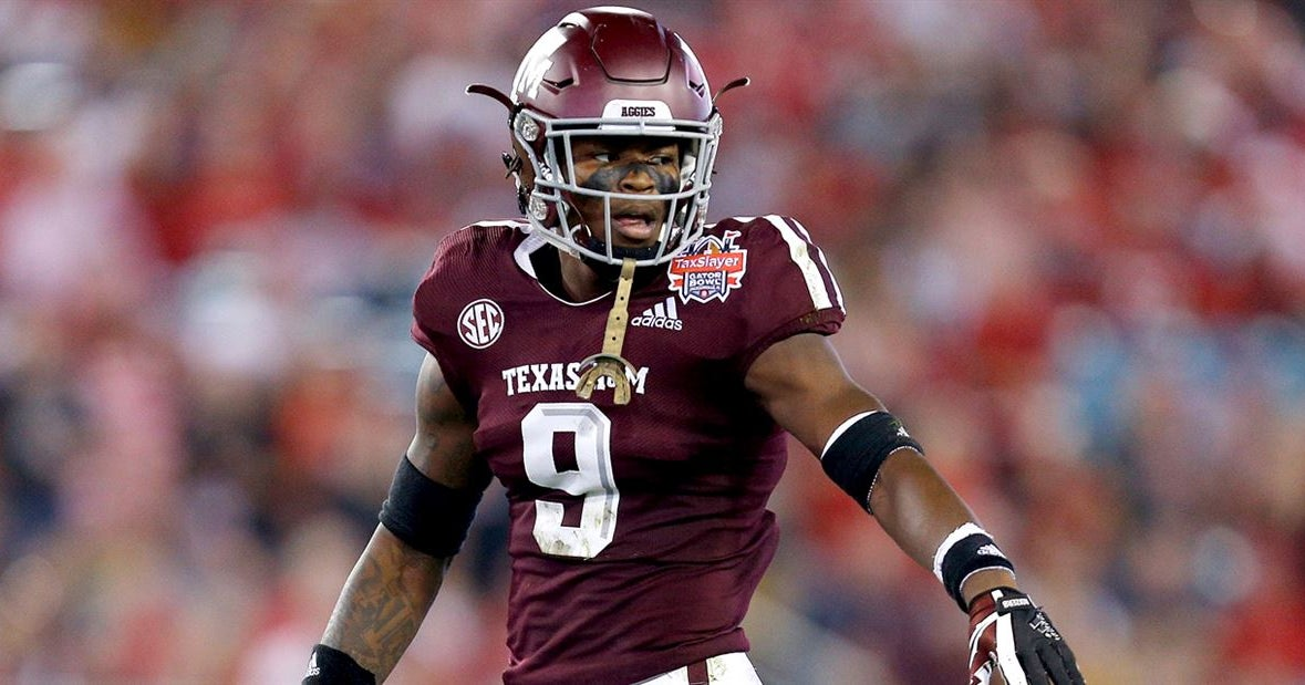 A&M fall defensive depth chart: New look at several spots