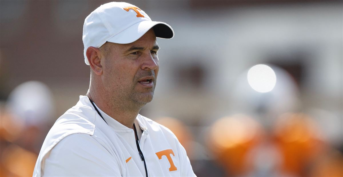 Simmons: Vols recruiting players who 'fit' under Pruitt