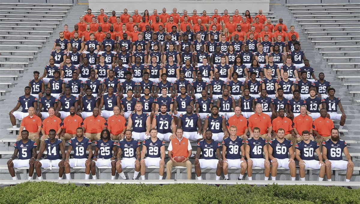 Gus Malzahn: Auburn doesn't 'dork around' on picture day