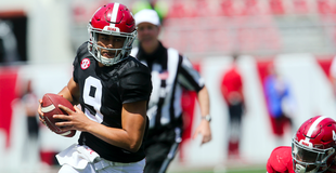 College football expert Phil Steele high on Alabama despite severe losses to offense