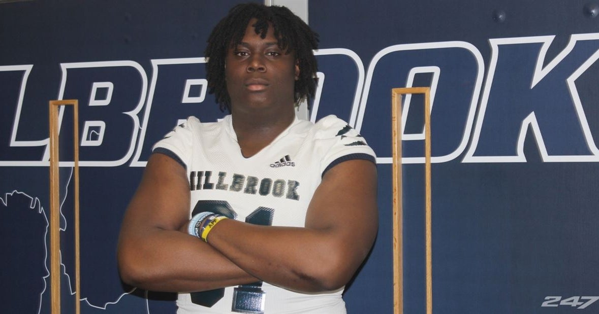UNC's Stacy Searels Believes OL Diego Pounds Has the Total Package