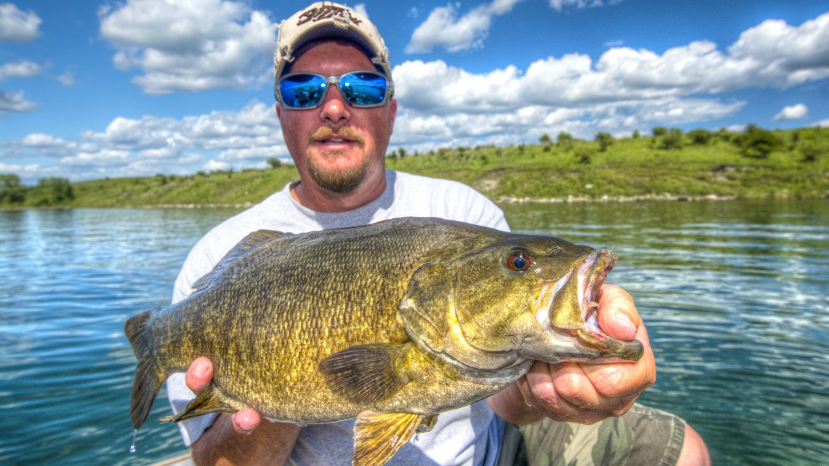 5 keys to catching river current smallmouths for Bass fishing jerkbaits