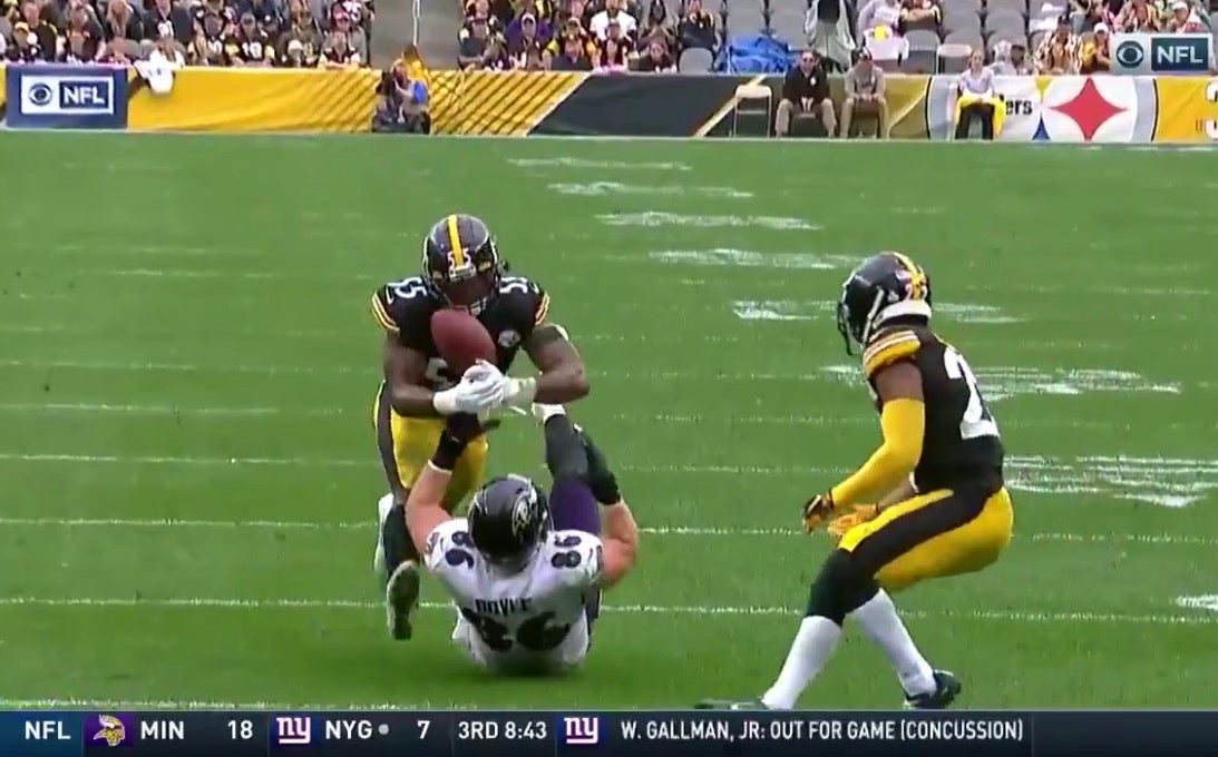 WATCH: Steelers linebacker Devin Bush makes insane interception