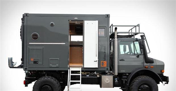 overland bliss mobil expedition vehicle. Black Bedroom Furniture Sets. Home Design Ideas