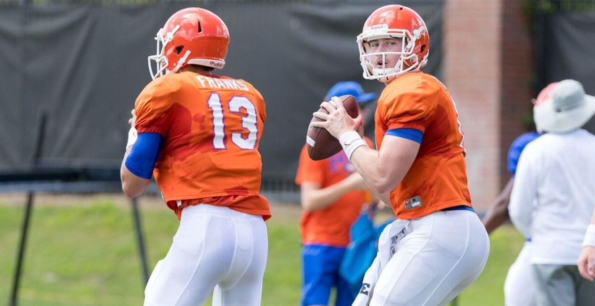 Mullen praises Trask for making best play in Practice 1