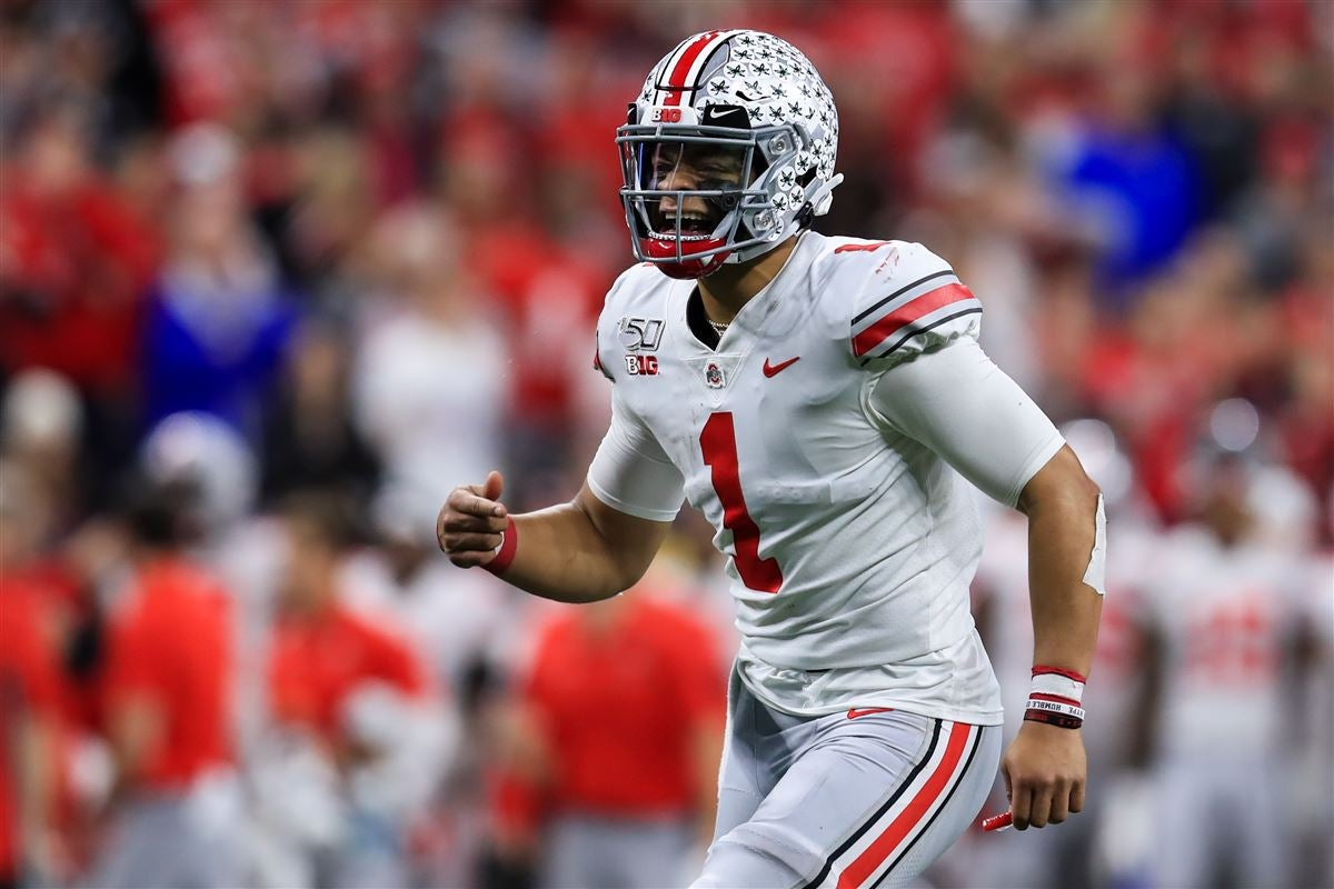 Justin Fields Ties Ohio State Record For Consecutive Completions