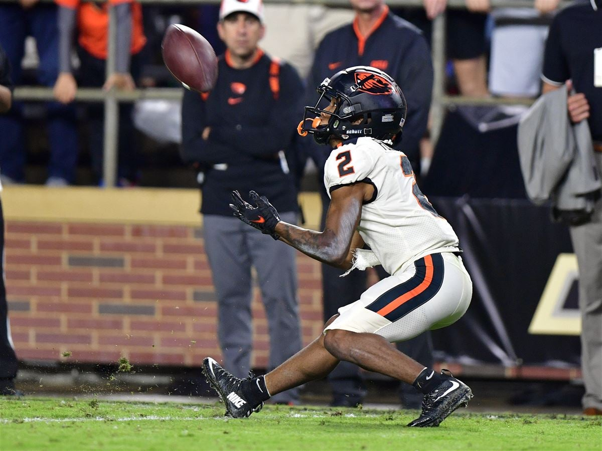 Oregon State's wide receiver depth creates healthy competition