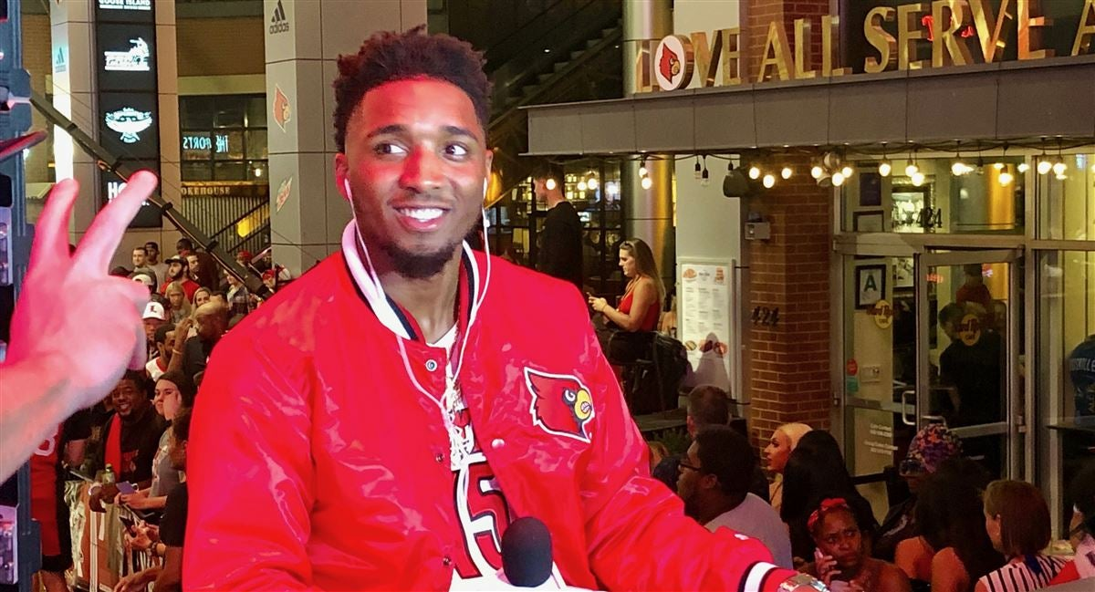 Donovan Mitchell makes an appearance at Louisville Live