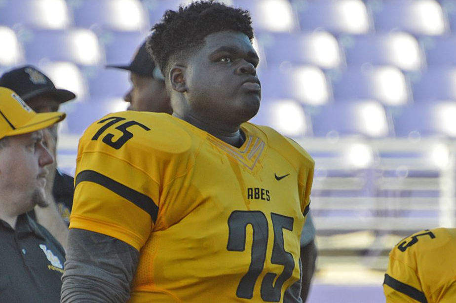 RECRUITING: Could WSU offer be coming for 3-star Tacoma DT?