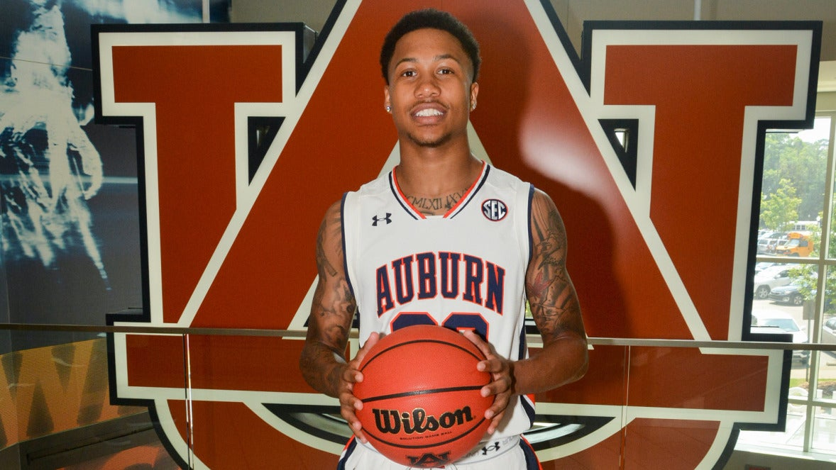 Guard J'Von McCormick arrives on campus for classes, workouts
