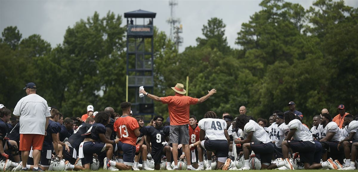 Scenes from Auburn's Saturday practice