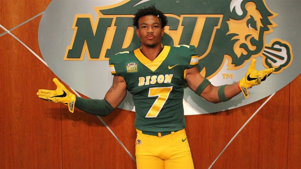 2020 Lakeville North wide receiver RaJa Nelson commits to NDSU