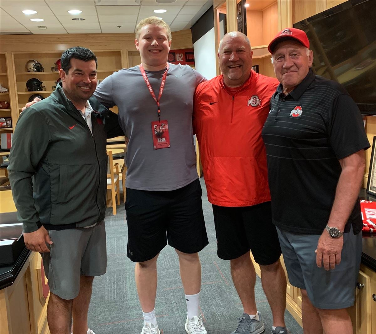 Comparing rankings for each Buckeye commitment - O-tackles
