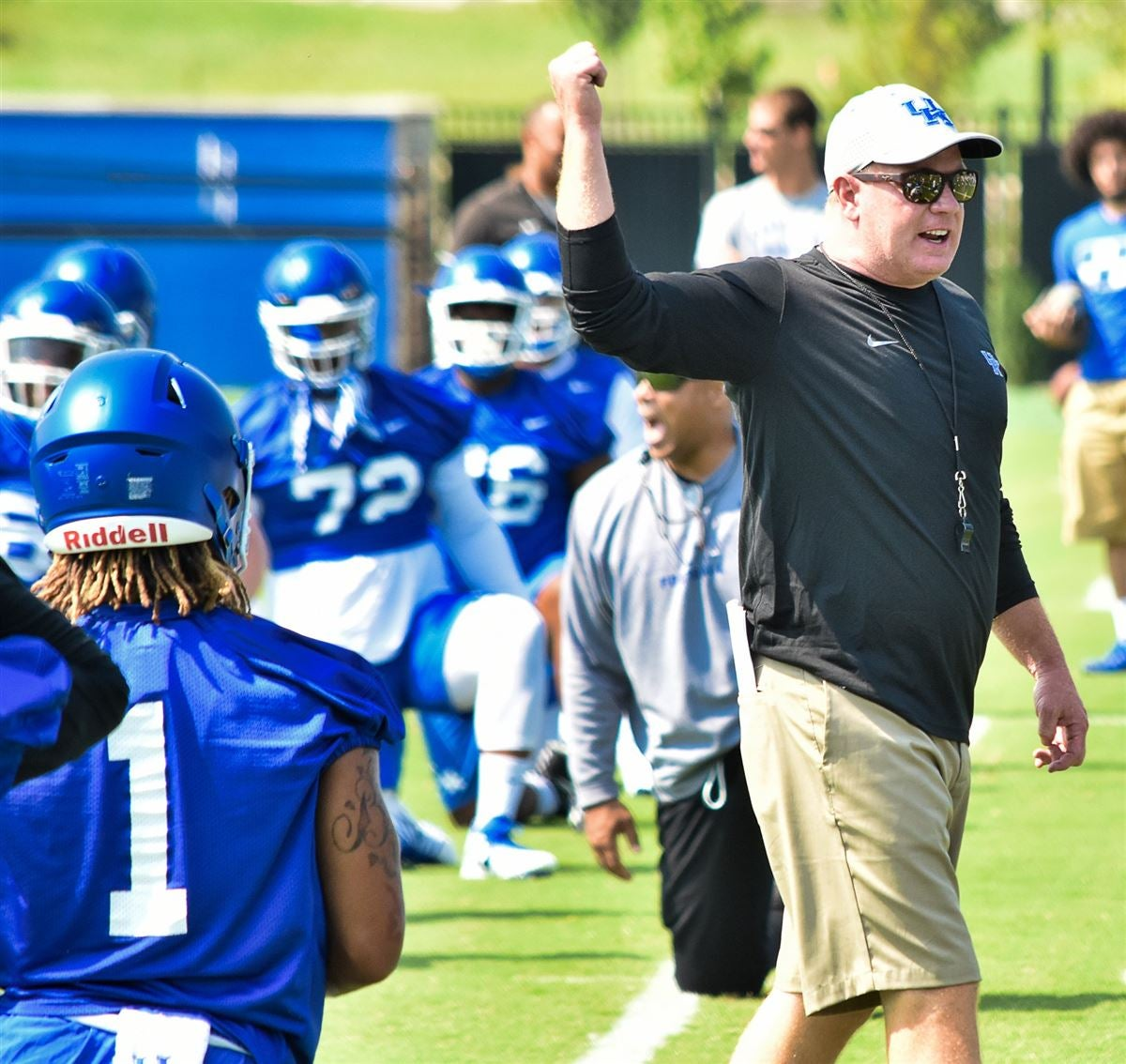 Mark Stoops unhappy with team after first scrimmage