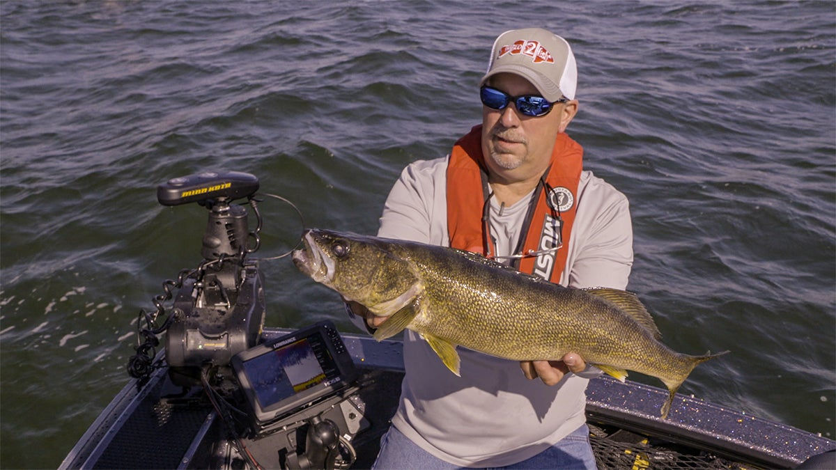Opinion it 39 s time to talk life jackets for bass fishing for Bass fishing life jacket