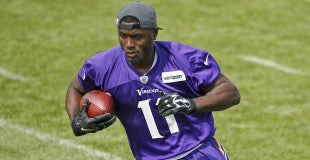 NFL.com grades Laquon Treadwell s preseason Week 1 performance b452fae98