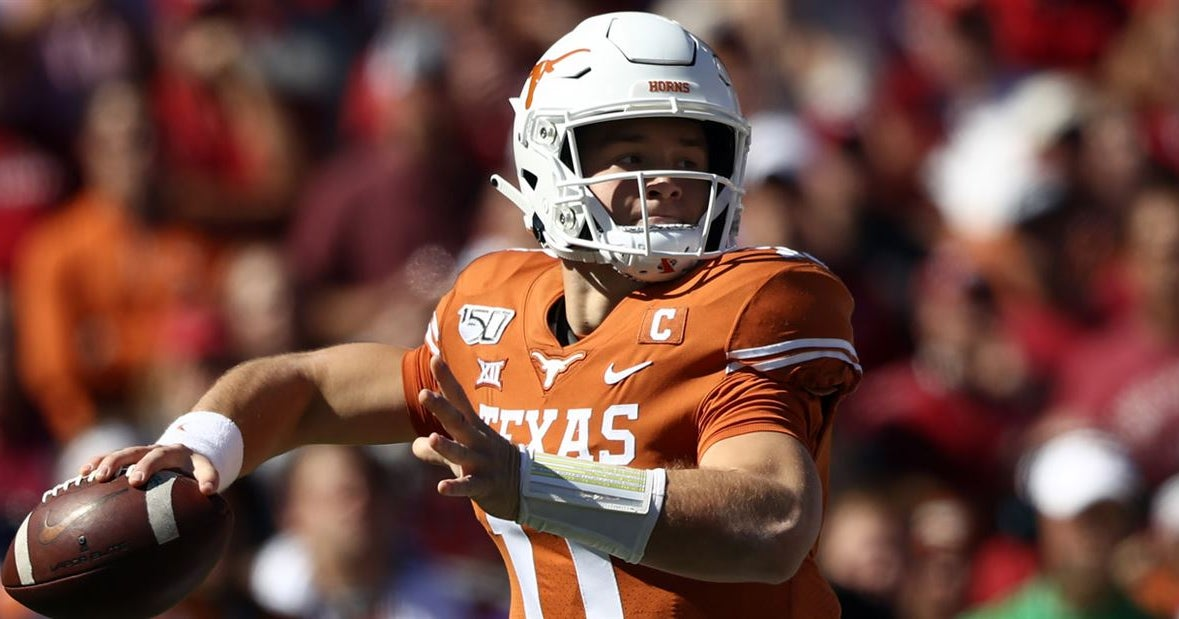 Les Miles has big comparison for Texas quarterback Sam Ehlinger