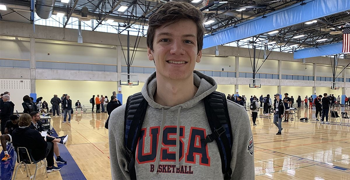 Top 25 2021 center Nathan Bittle commits to Oregon