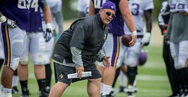 Tony Sparano funeral: Vikings, others from NFL attend