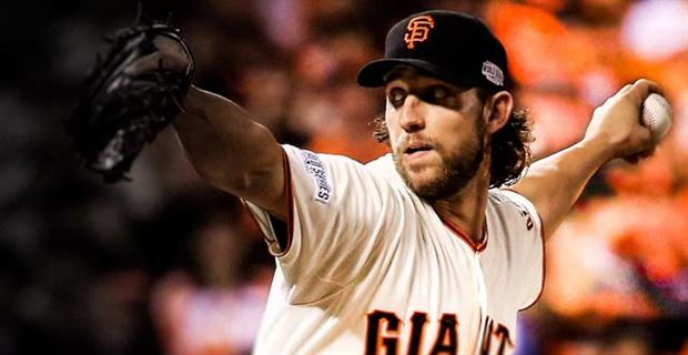 SAN FRANCISCO, CA - OCTOBER 26: Madison Bumgarner #40 of the San Francisco Giants pitches against th
