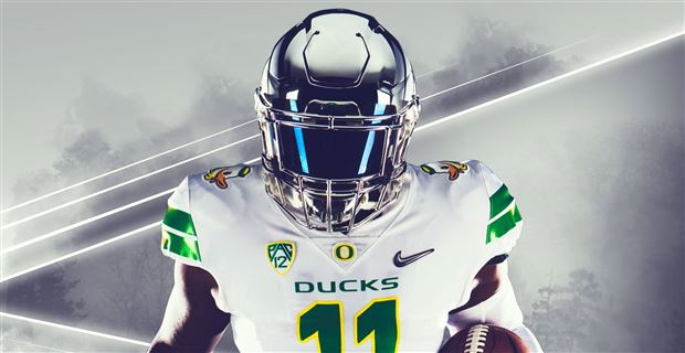 new concept e4e44 2c14e First Look: Oregon Football Uniforms at Washington
