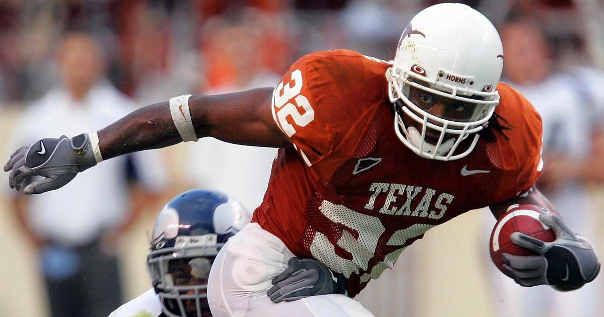 Cedric Benson delivered for historic 2001 Texas recruiting class